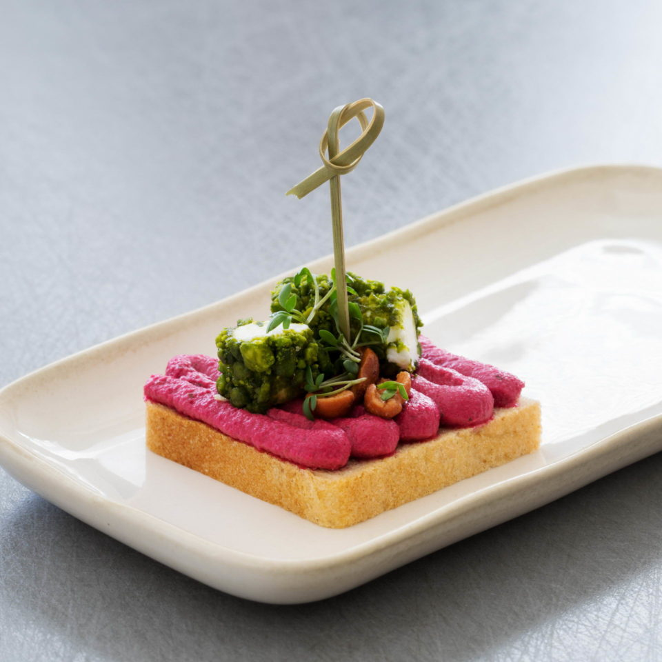 canape-with-beetroot-and-goats-cheese