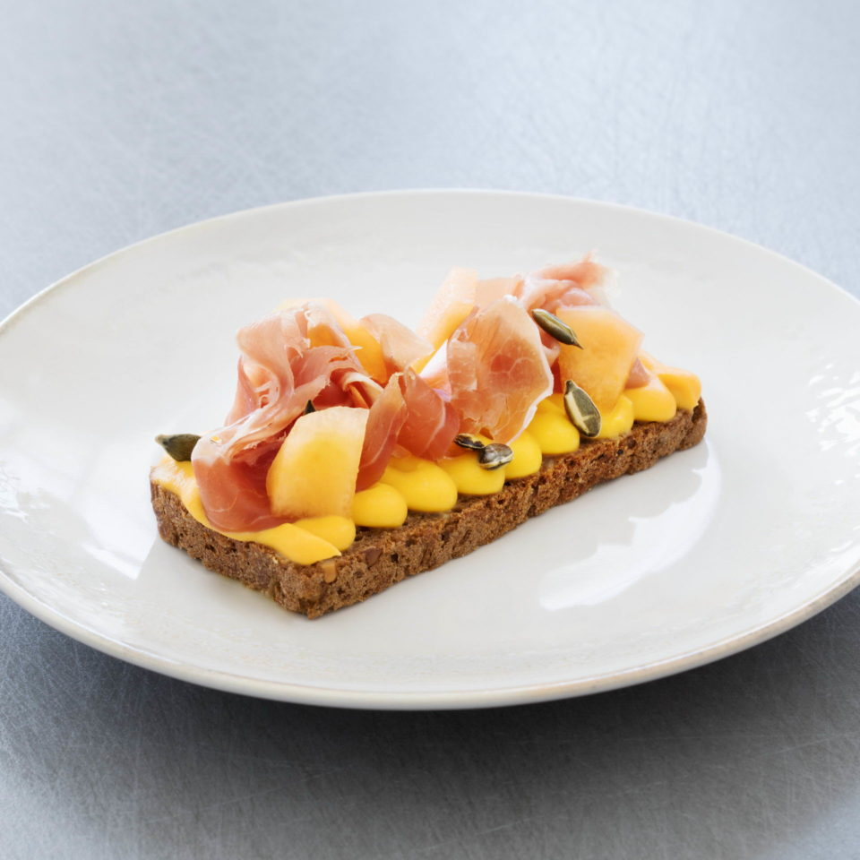 Open sandwich with Parma ham